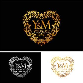 Modelo de logotipo de luxo dourado. projeto vintage logotipo ícone conceito amor em fundo escuro.