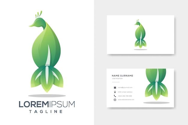Modelo de logotipo de luxo verde folha pavão com cartão