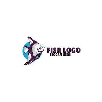Modelo de logotipo de peixe isolado no branco