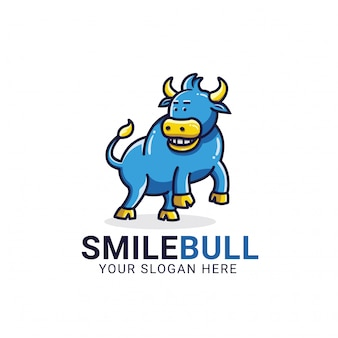 Modelo de logotipo de touro de sorriso