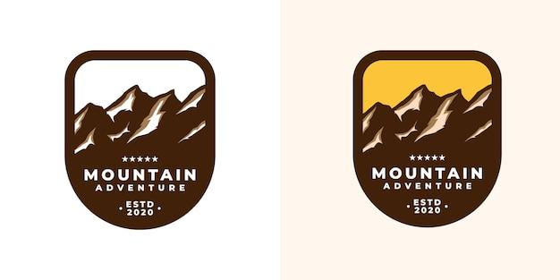 Modelo de logotipo do emblema de aventura na montanha