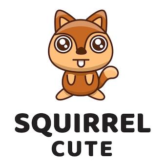 Modelo de logotipo fofo de esquilo