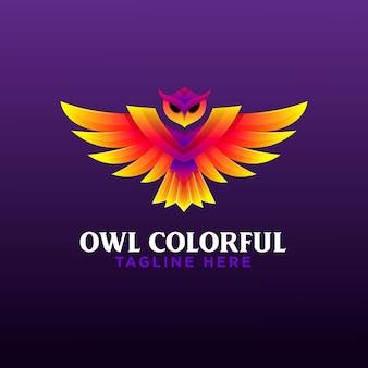 Modelo de logotipo gradiente de coruja linda