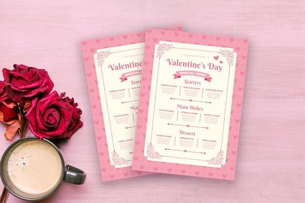 Modelo de menu de dia dos namorados design plano