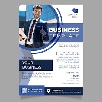Modelo de negócios com foto