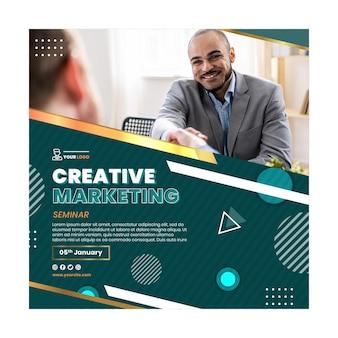 Modelo de panfleto comercial de marketing