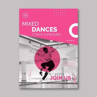 Modelo de panfleto dançando