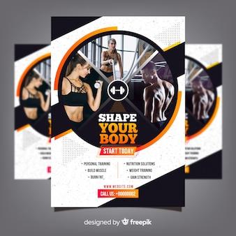 Modelo de panfleto de clube de ginástica com foto