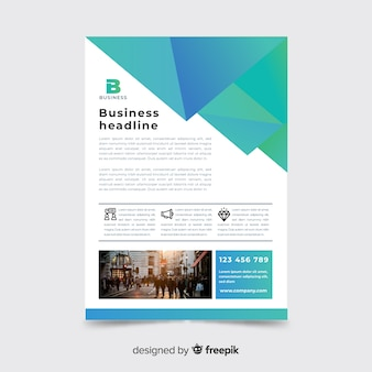 Modelo de panfleto de negócios coloridos com formas geométricas