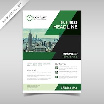 Modelo de panfleto de negócios corporativos com formas geométricas verdes