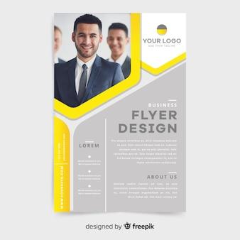 Modelo de panfleto de negócios elegante com foto