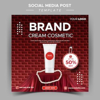 Modelo de postagem de beleza nas redes sociais
