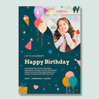 Modelo de pôster de aniversário de criança