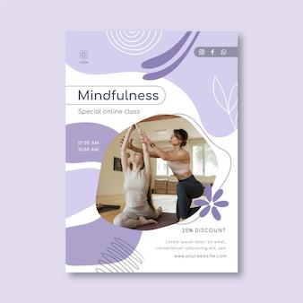 Modelo de pôster de meditação e atenção plena