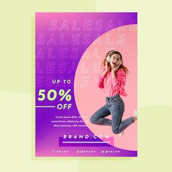 Modelo de pôster de vendas gradiente com foto