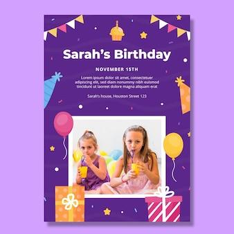 Modelo de pôster vertical de aniversário infantil