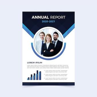 Modelo de relatório anual com pessoas de negócios