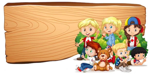 Modelo de sinal em branco com crianças e ursinho de pelúcia