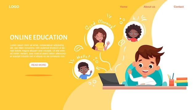 Modelo de site de educação on-line em sala de aula digital, plano de fundo. garoto bonito sentado à mesa