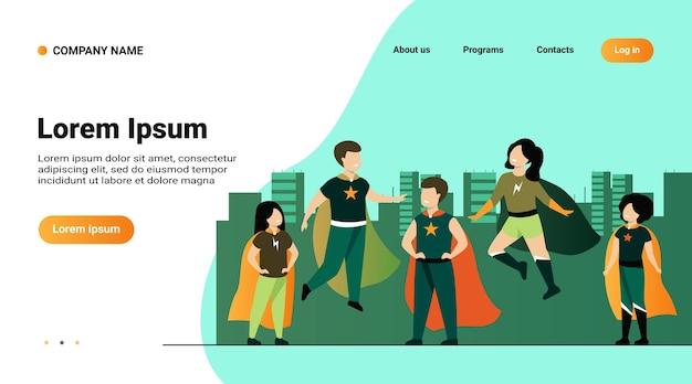 Modelo de site, página de destino com ilustração de crianças brincando de personagens de super-heróis