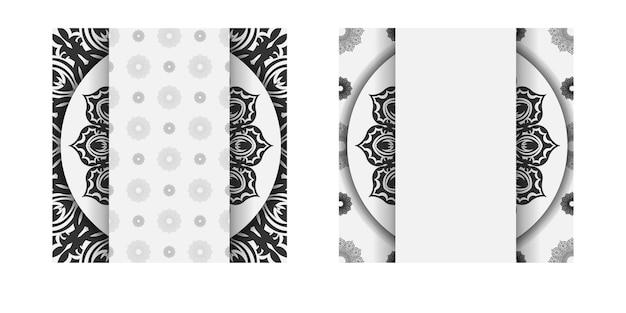 Modelo para imprimir cartões postais de design na cor branca com padrões de mandala preta. preparação de vetor de cartão de convite com lugar para o seu texto e ornamento.
