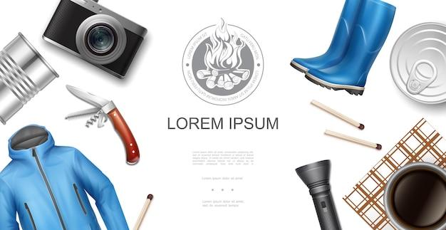 Modelo realista de recreação ao ar livre com jaqueta de câmera, botas de borracha, comida enlatada correspondências lanterna faca xícara de café