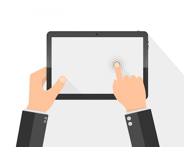 Moderno tablet pc com tela em branco nas mãos.