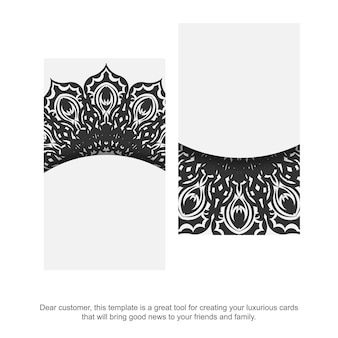 Molde do cartão do vetor com ornamento grego. modelo para impressão de cartões de visita de design cor branca com padrões vintage pretos.