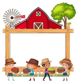 Moldura de madeira vazia com crianças e celeiro vermelho