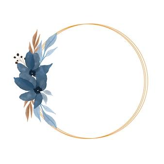 Moldura de ouro com buquê de flores em aquarela azul