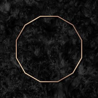 Moldura de polígono dourado em fundo de mármore preto