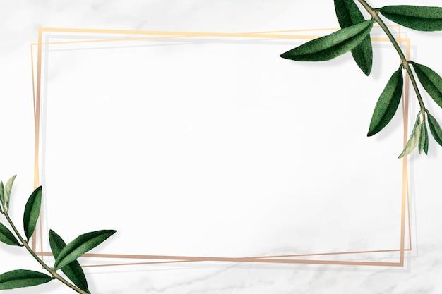 Moldura dourada com folhas verdes em fundo branco
