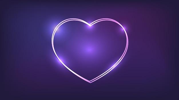 Moldura dupla de néon em forma de coração com efeitos brilhantes em fundo escuro. pano de fundo vazio de techno brilhante. ilustração vetorial.