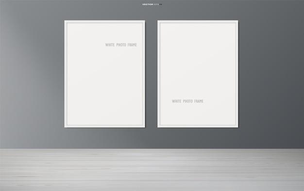 Moldura para fotos em branco ou moldura para retrato no fundo da sala de madeira. ilustração vetorial.
