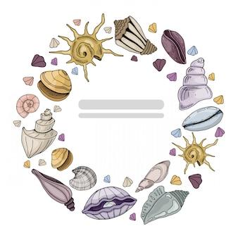 Moldura redonda feita com conchas