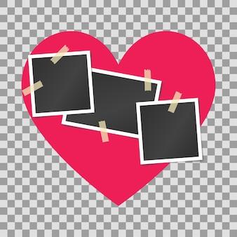 Molduras para fotos vintage realistas em branco coladas na fita adesiva no fundo rosa do coração.