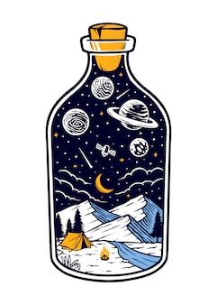 Montanha à noite em uma garrafa
