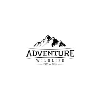 Montanha de emblema de emblema vintage e vetor de design de logotipo de aventura ao ar livre