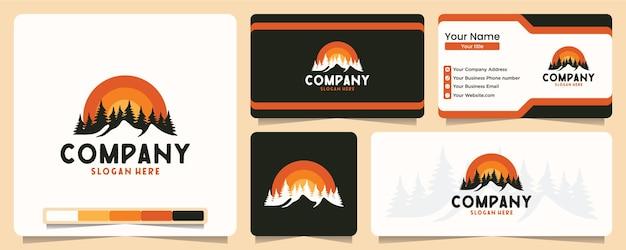 Montanha, floresta, ao ar livre, aventura, camiseta, design de logotipo e cartão de visita