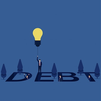 Mosca do homem de negócios com o balão da ideia da dívida quando outro ainda nela.