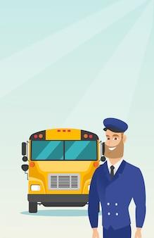 Motorista de ônibus escolar caucasiano novo.