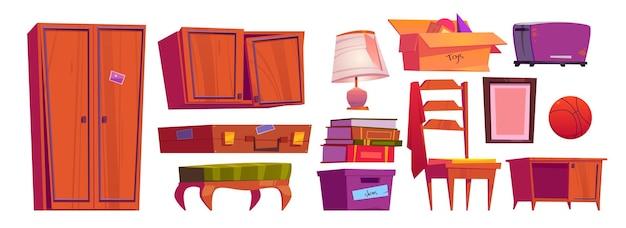 Móveis antigos, itens de arquivo no sótão da casa ou no depósito.