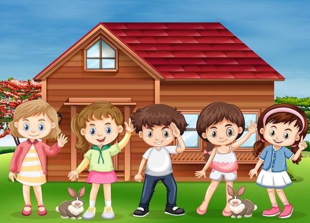 Muitas crianças felizes em casa