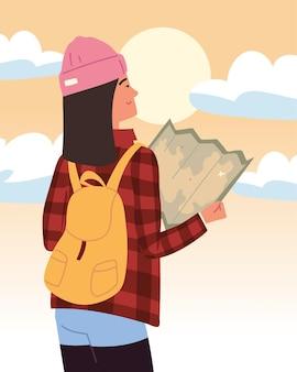 Mulher alpinista com mapa e mochila