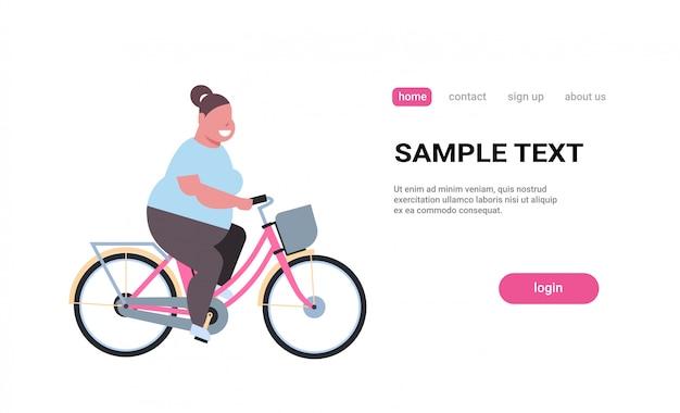 Mulher, andar, bicicleta, menina, bicicleta, bicicleta, perda peso, conceito, femininas, personagem