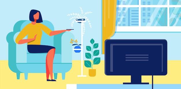 Mulher assistindo televisão em casa cartoon plana