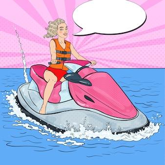 Mulher bonita andando de jet ski