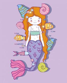 Mulher bonita sereia com conchas e caracóis