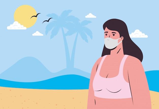 Mulher com maiô vestindo máscara médica na praia, turismo com coronavírus, prevenção covid 19 na temporada de verão