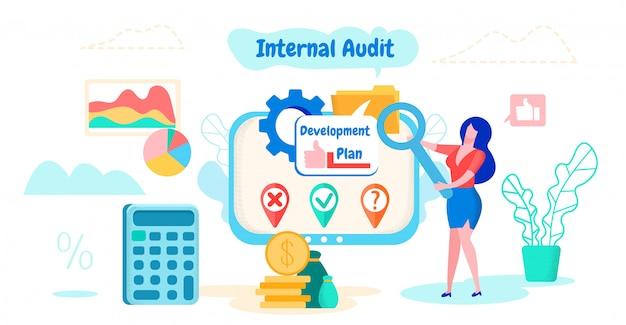 Mulher considerando a auditoria interna do plano de desenvolvimento